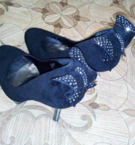 Женские туфли, новые 38 р-р.