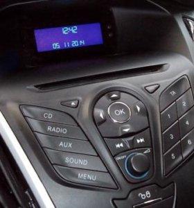 Панель и экран штатной магнитолы Ford Focus 3