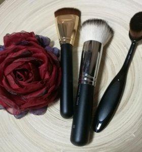 ПРОФ кисти для макияжа