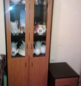 Шкаф +тумбочка с ящиками