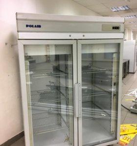 Холодильник с двумя дверьми распашными