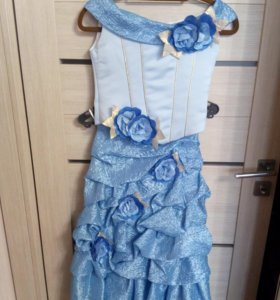 Платье,костюм нарядное