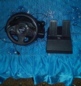 Продаётся  игровой руль и монитор