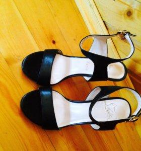 Обувь, босоножки