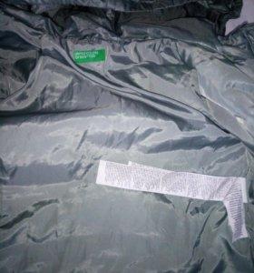 2-е Куртки Benetton