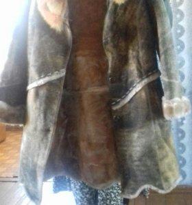 Куртка,шуба и пальто
