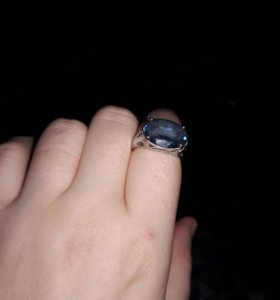 Кольцо с топазом