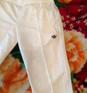 Спортивные штаны адидас. Оригинал. 44