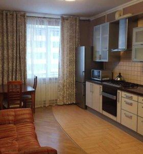 Сдам 3-х комнатную квартиру в центре
