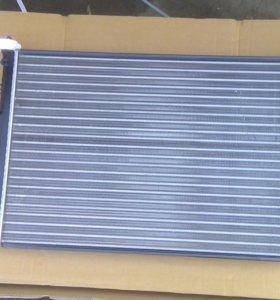 Радиатор Ниссан Альмера G15