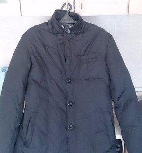 Демисезонный пуховик (пиджак) с капюшоном