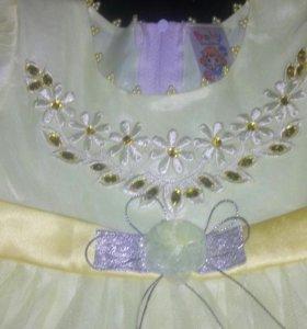 Очень красивое платье с трусиками