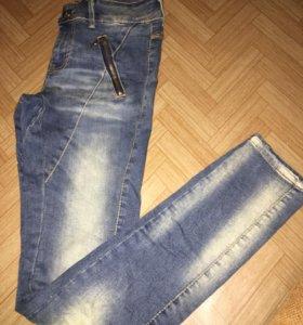Новые джинсы женские 42
