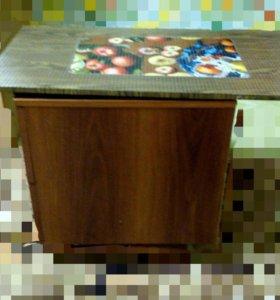 Тумбочка(столик)