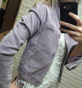 Вельветовая курточка цвета сирень