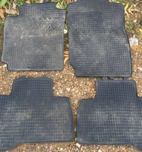 Комплект авто ковриков для Suzuki grand vitara