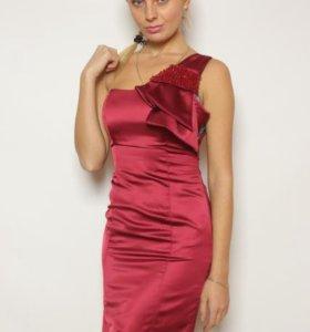 Платье 👗 новое 42
