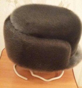 Продается мужская шапка