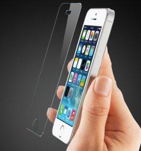 Защитное стекло на айфон 5 и 6