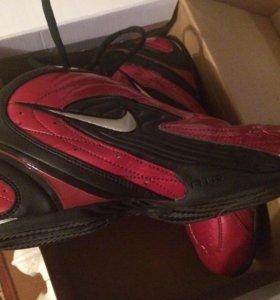 Nike. Кроссовки