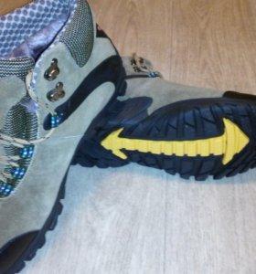 Ботинки-кроссовки зимние