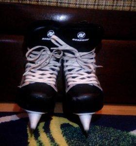 Коньки хокейные