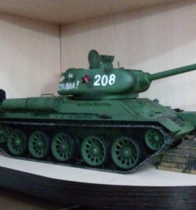 Танк Т34/85 модель 1:16 на р/у