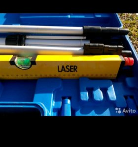 Лазерный уровень на треноге. новый