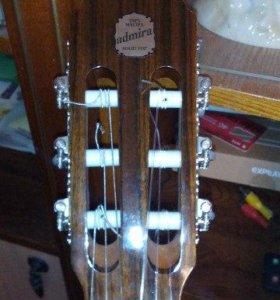 Гитара класическая акустическая, струны нейлон.