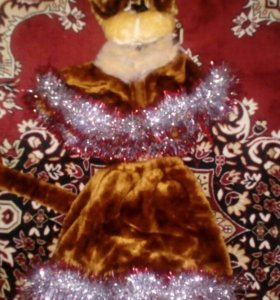 Новогодний костюм обезьяны.