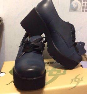 Ботинки новые Ralf Ringer
