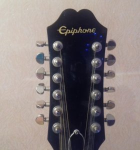 Акустическая гитара  ( 12 струная )