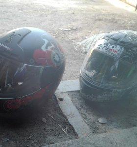 Два шлема женский и мужской