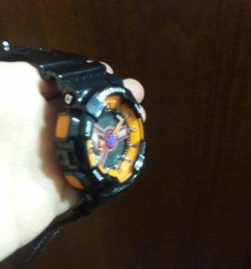Срочно продам часы работают в хорошем состоянии.