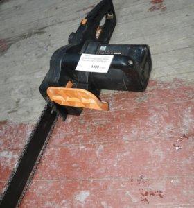 Электропила  defort