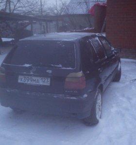 Автомобиль volkswagen golf 3