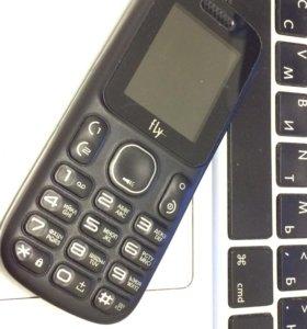 Продам телефон на 2 симки не включается