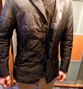 Куртка пиджак. Один слой синтепона, весна- осень.