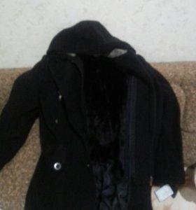 Продам пальто на подростка