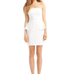 кружевное платье футляр кира пластинина
