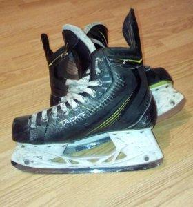 Хоккейные коньки CCM TACKS