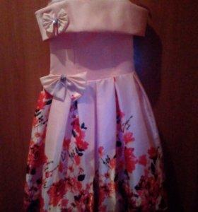 платье на девочку 5-6лет