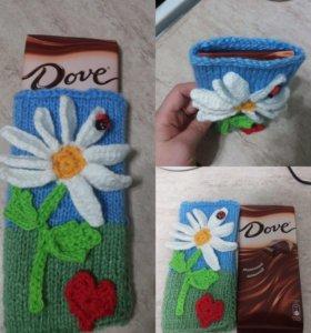 Подарки.Чехлы для шоколадок или декор пряжей