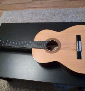 Гитара Hohner HC-06 + утепленный чехол