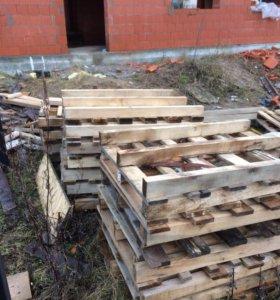 Поддоны на дрова сломанные