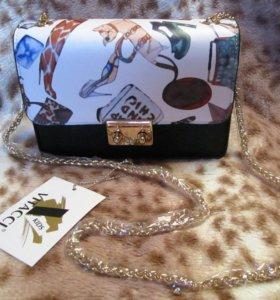 Новая сумочка для девочки Vitacci