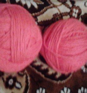 Пряжа светлая, розовая