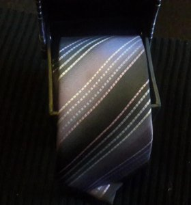 Новый галстук.