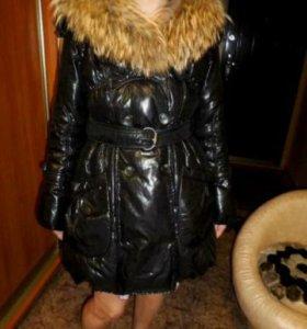 Пуховик зимний с натуральным мехом лисы