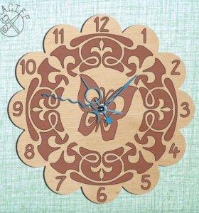 Часы настенные, деревянные